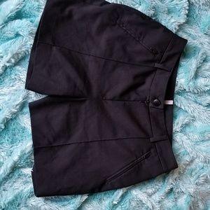 Pants - Blk Bermuda short. 4-6 Cop.copine